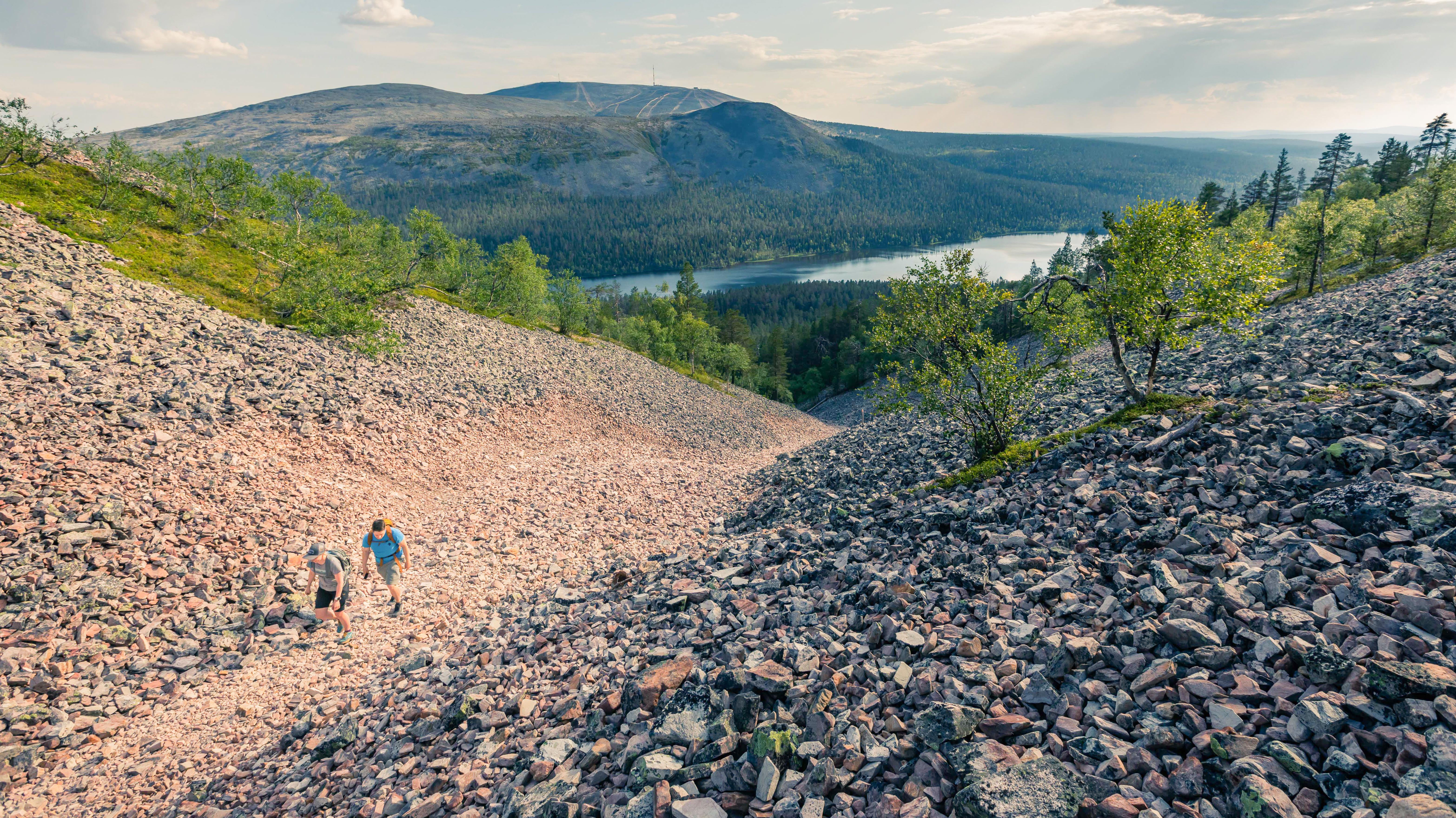 Pirunkuru gorge to Kesänkitunturi Fell
